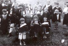 Photo of У рат сa фото апаратом и крстом